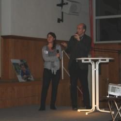Alessandro delli Ponti erläutert den Entwurf zum Columbus-Quartier. Laura Tdaro (MWSP) übersetzt auf Deutsch.